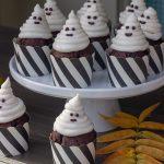 Spøgelsescupcakes til Halloweenfest