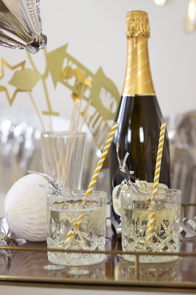 Nytårsdrink med champagne til nytårsaften